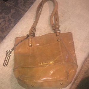 B Makowsky leather shimmer bag